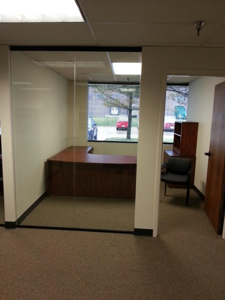 glass wall partition, office glass, commercial glass in des moines